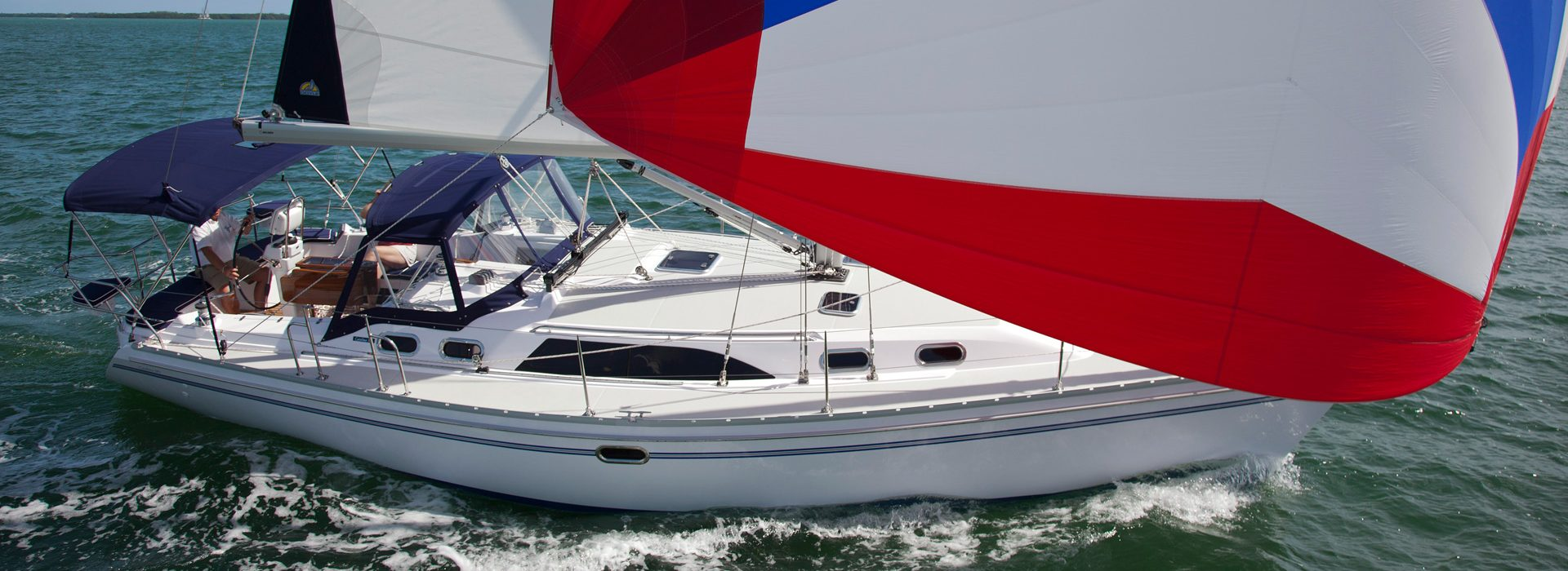 Catalina yachts 385 full sail